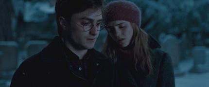 Фильм  Гарри Поттер и Дары смерти: Часть 1 ( )
