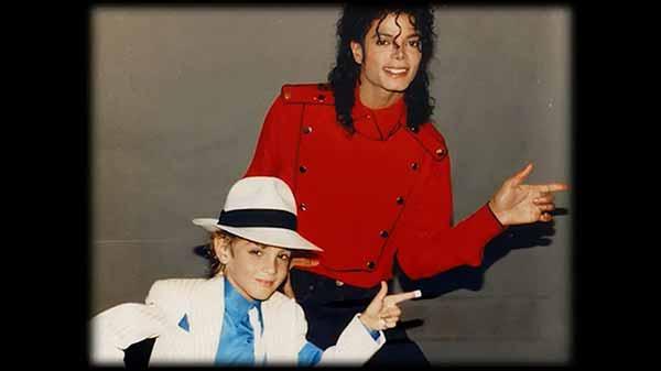 Покидая Неверленд 2019 фидьм о Майкле Джексоне